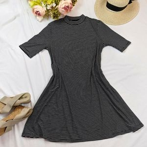 Apt. 9 Black and White Striped Dress Size L